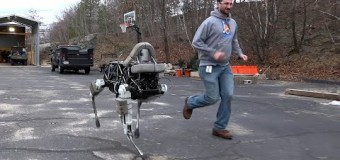 Google robot v tvare psa, pozri čo všetko dokáže!