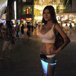 Inteligentné svietiace sukne z Japonska, bude o ne záujem aj o nás?